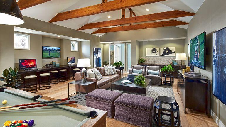 Park Sierra Resident Lounge