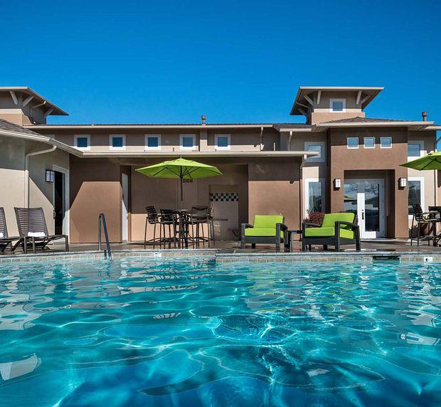 Park Sierra Affordable Apartments Pool