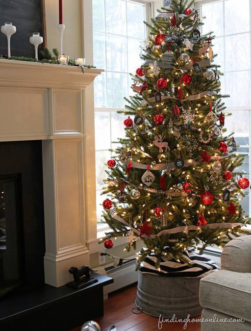 nantucket blue spruce christmas tree from balsam hill. Black Bedroom Furniture Sets. Home Design Ideas