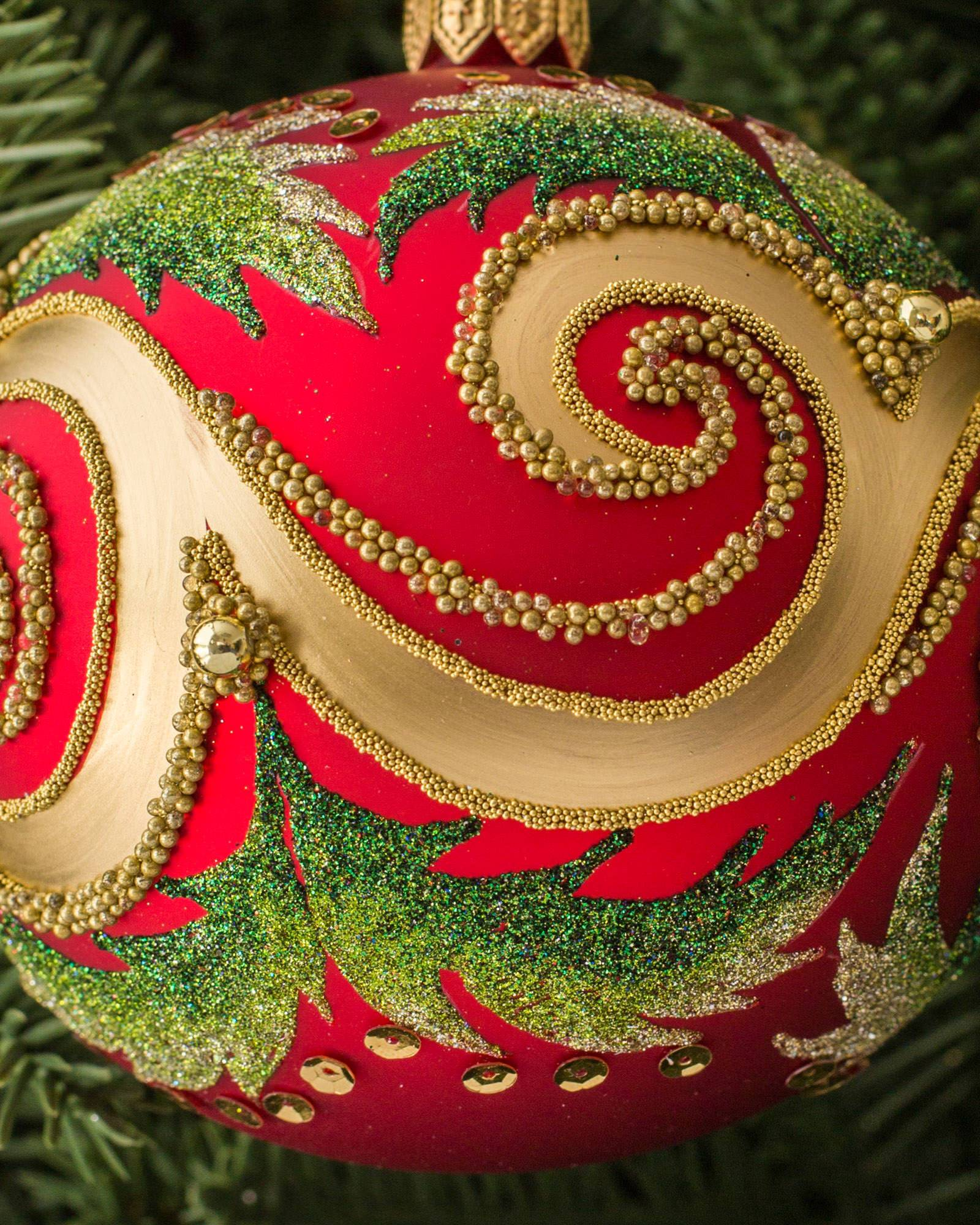 Red glass ball ornaments -  Decorated Glass Ball Ornament Set 4 Pieces Alt