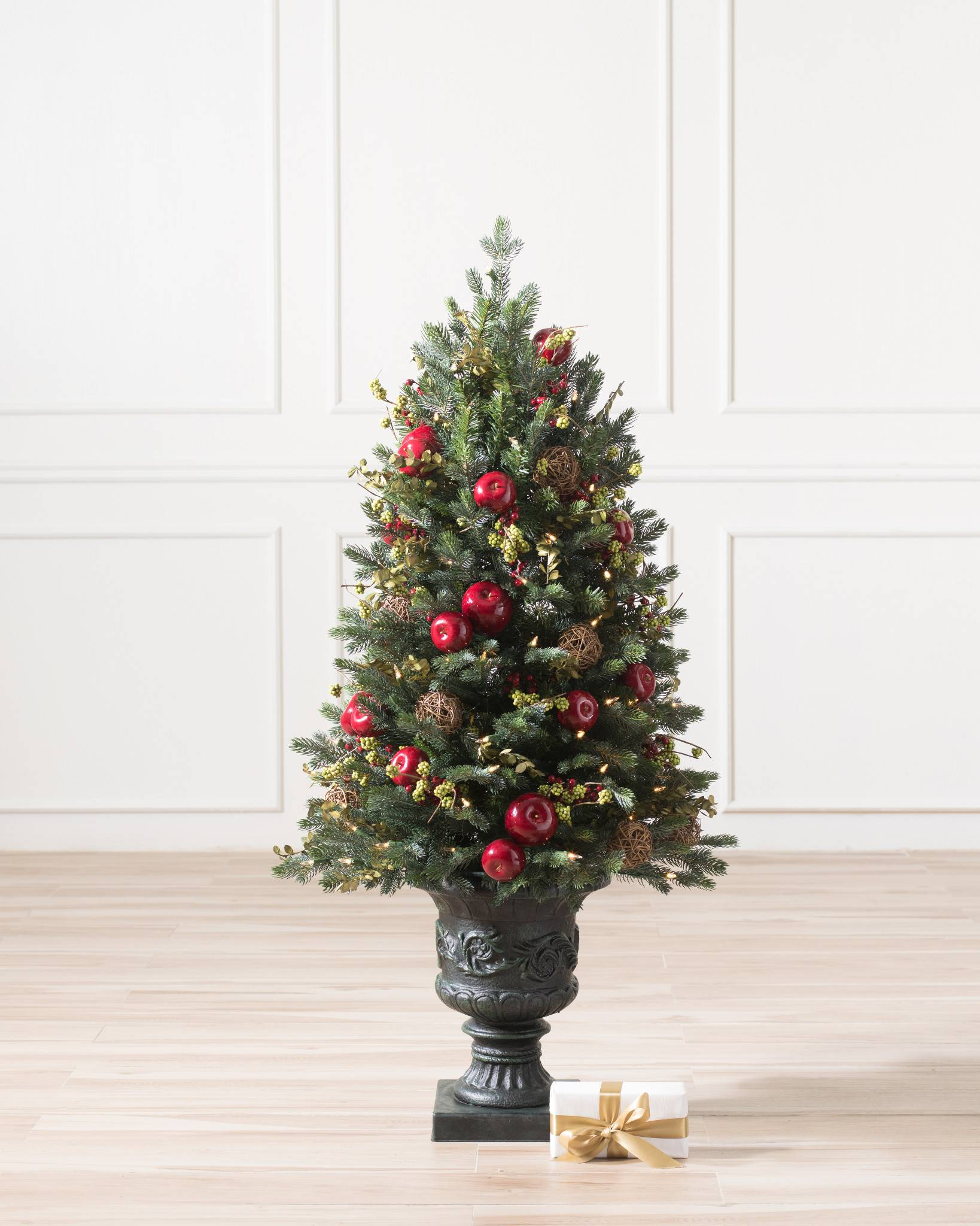 Tabletop ornament tree - Norway Spruce Holiday Potted Tree From Balsam Hill