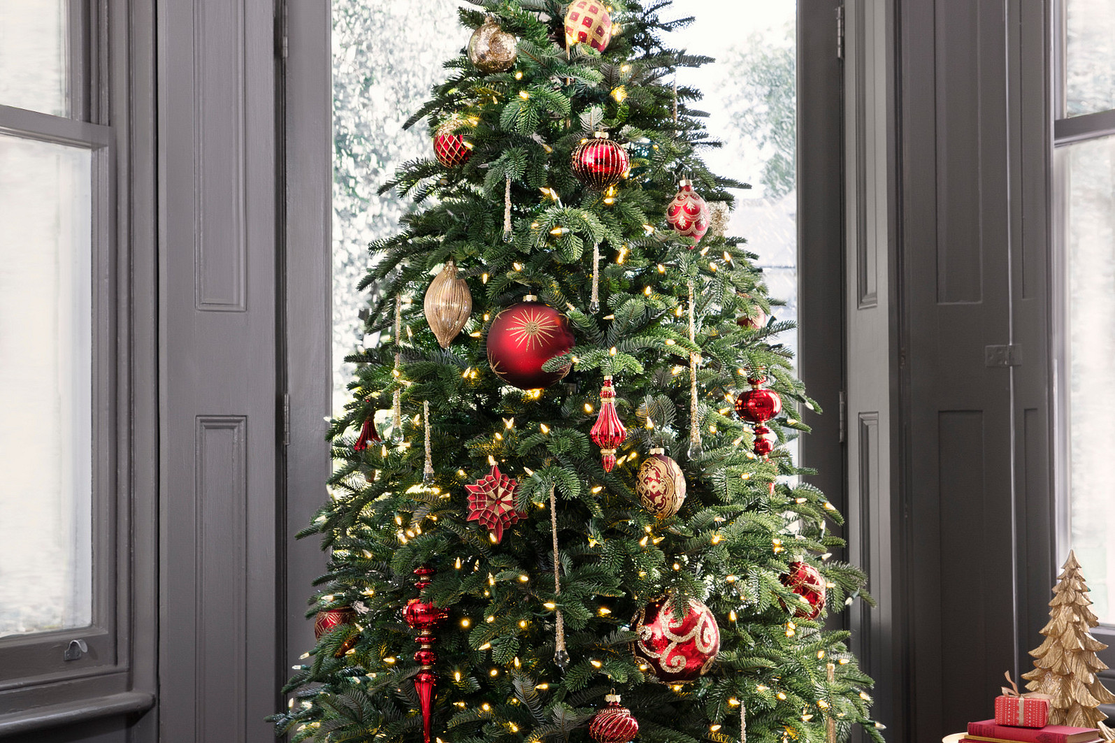 Christmas Tree Decorations The Ultimate Guide Balsam Hill