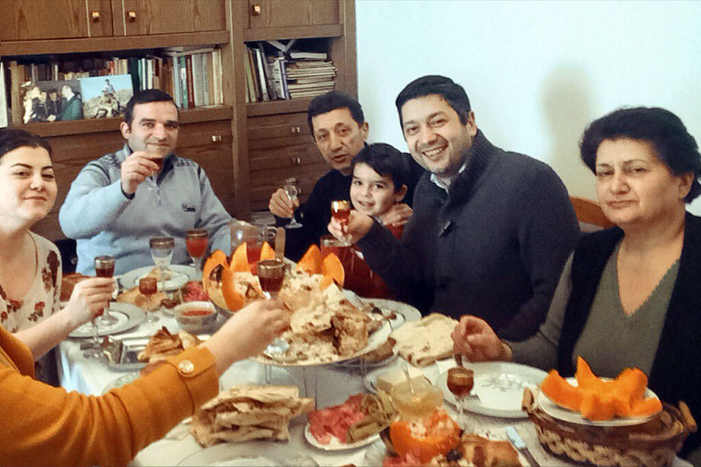Armenia meal image 2