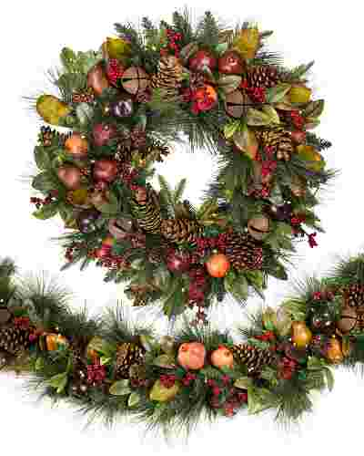 Charlestown Decorated Wreath And Garland