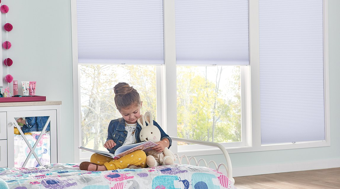 """3/8"""" Bali Essentials Single Cell Cellular Shades with Cordless Lift: Black Out, Gentle Fawn 5203"""