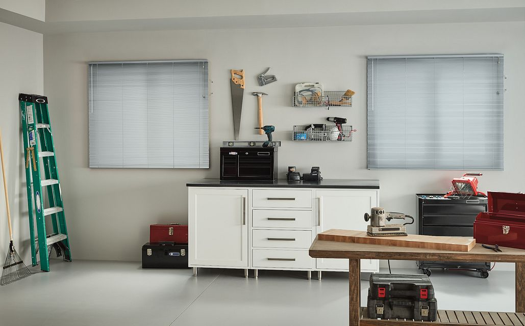 "½"" LightBlocker™ Aluminum Blinds with Cord Lift/Wand Tilt: Brushed Aluminum 121"