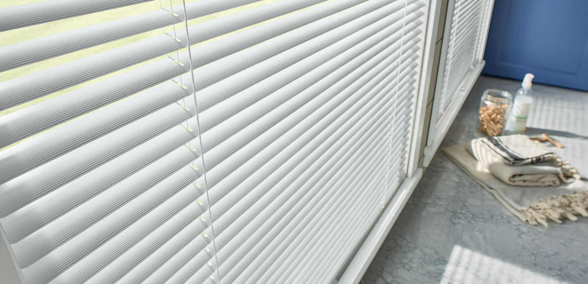 Graber Aluminum and Vinyl Horizontal Blinds