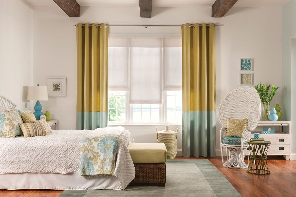 curtains in a bedroom