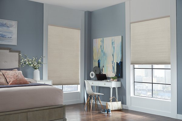 "3/8"" Bali Essentials Single Cell Cellular Shades with Cordless Lift: Black Out, Gentle Fawn 5203"