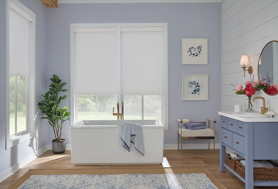 Roller Shade with Cordless Lift, Fabric-Wrapped Hem Bar