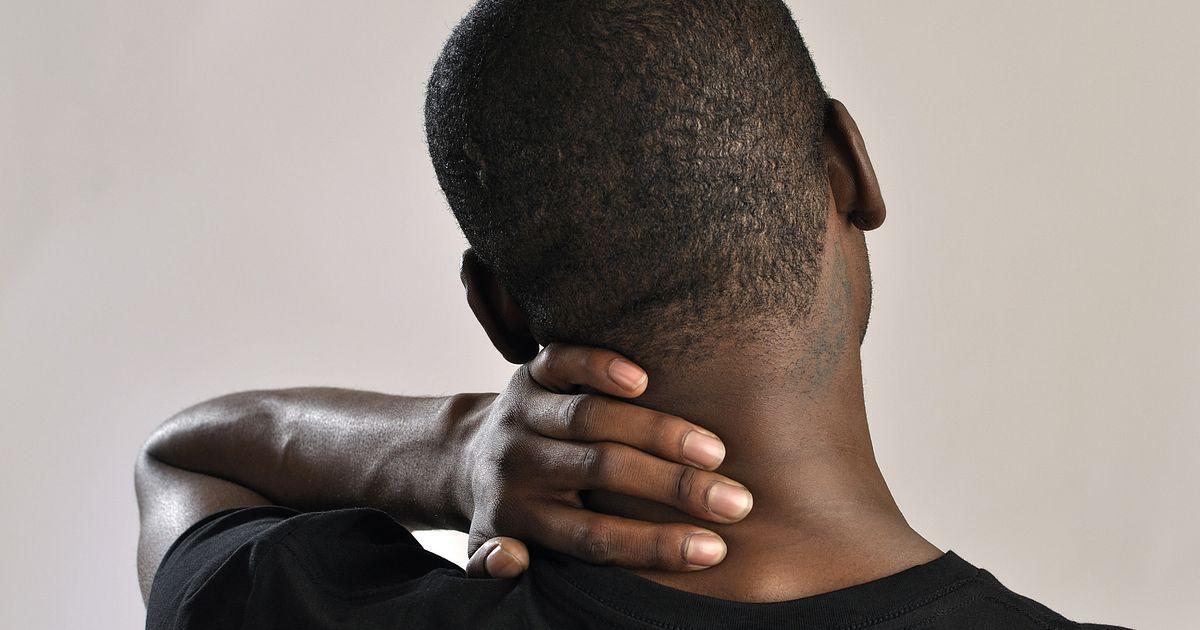 Stiff Neck Causes, Symptoms, and Treatment