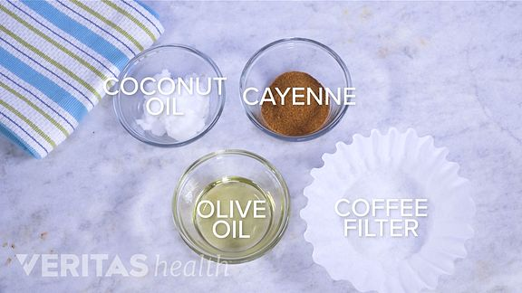 ingredients for homemade capsaicin cream: coconut oil, cayenne pepper, olive oil