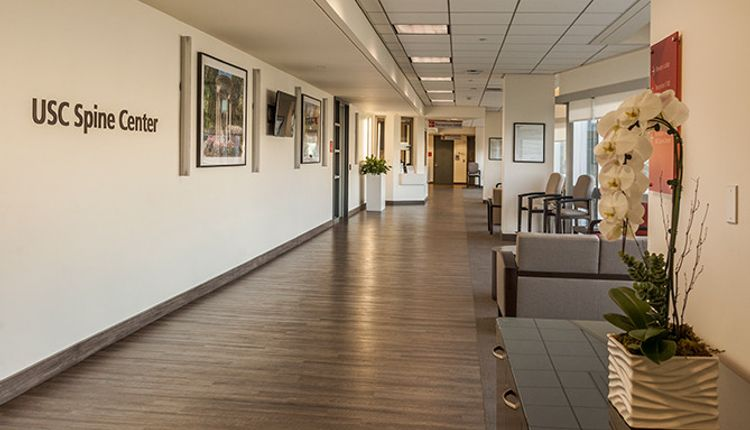 Welcome to the state-of-the-art, modern facilities of the USC Spine Center