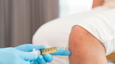 Therapeutic Injections for Sports-Related Knee Pain