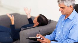 Woman speaking with a therapist.