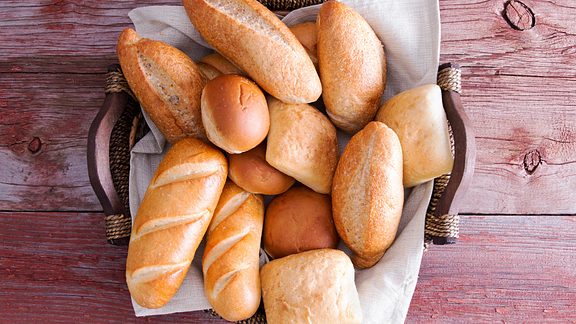 Basketful of bread and rolls.
