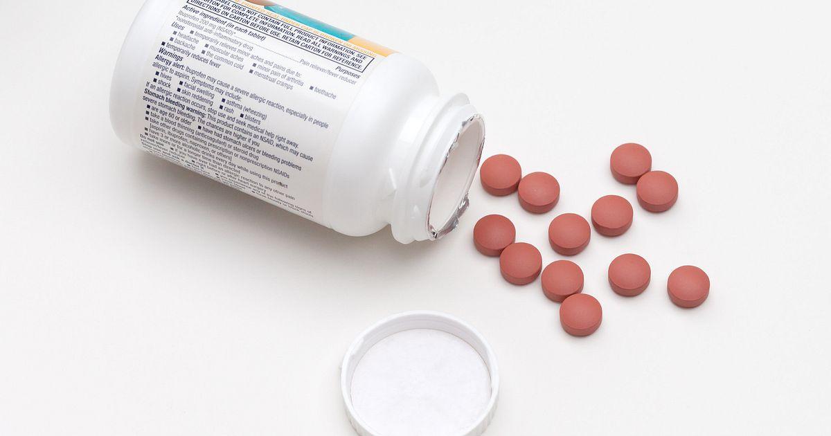 azithromycin levofloxacin pneumonia