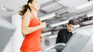 Image of woman running on the treadmill