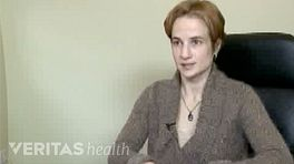 Dr. Ana Bracilovic speaking about De Quervains Tenosynovitis
