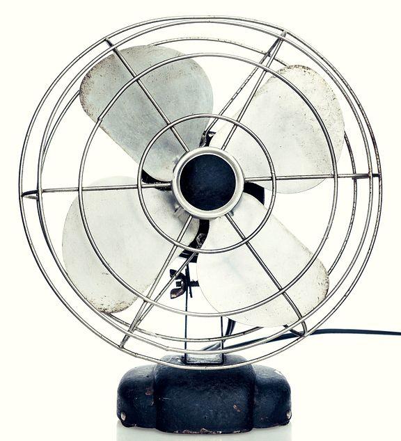 Fan for white noise