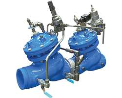 Système de réduction de pression avec vanne de surveillance