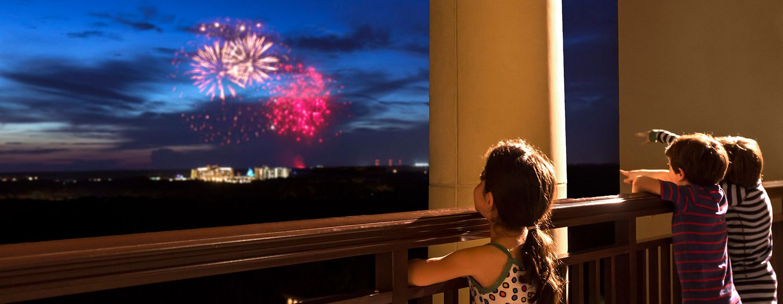 3170_fireworks_balcony.jpg