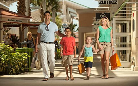 Family shopping at the Orlando International Premium Outlets.