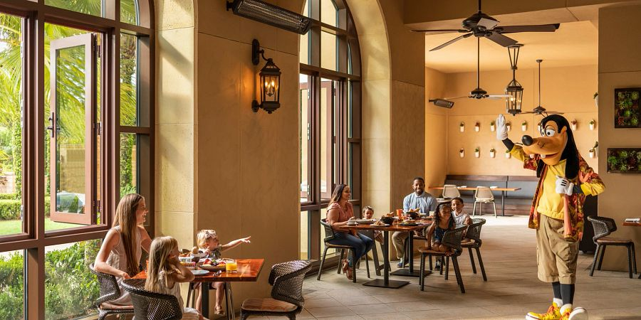 Grab a meal with princesses, superheroes and even real-life astronauts thanks to character dining in Orlando.