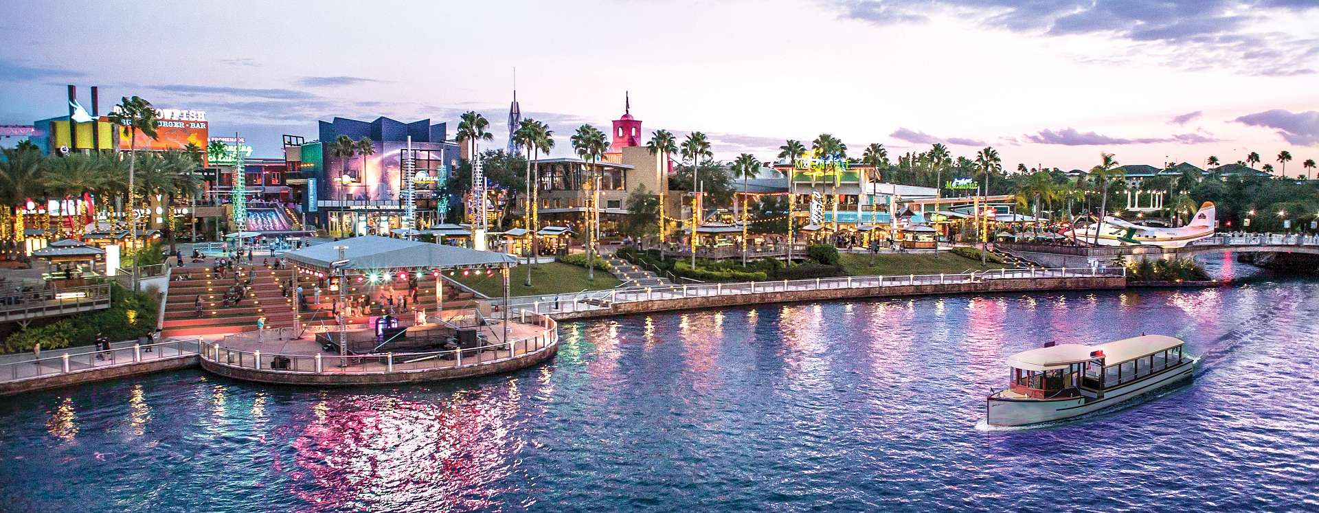 Citywalk at Universal Orlando Resort provides a multitude of entertainment and restaurants for friends and family.