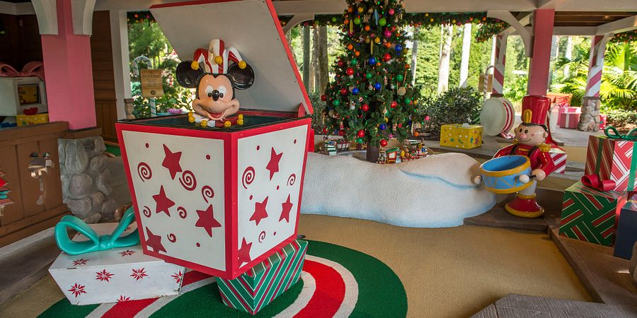 Celebrate a Magical Holiday Season in Orlando