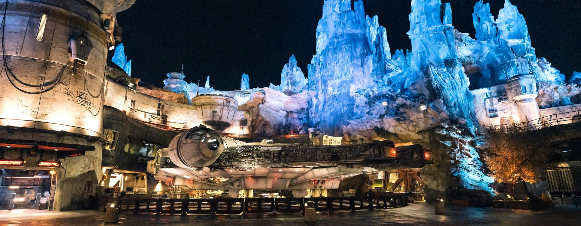 A wide shot of Millenium Falcon: Smuggler's Run in Star Wars: Galaxy's Edge at Disney's Hollywood Studios in the Walt Disney World Resort.