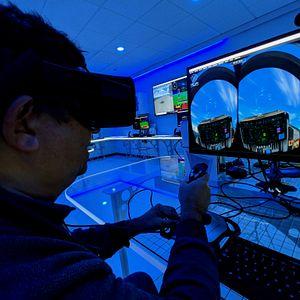 5866_flight_simulator_4.jpg