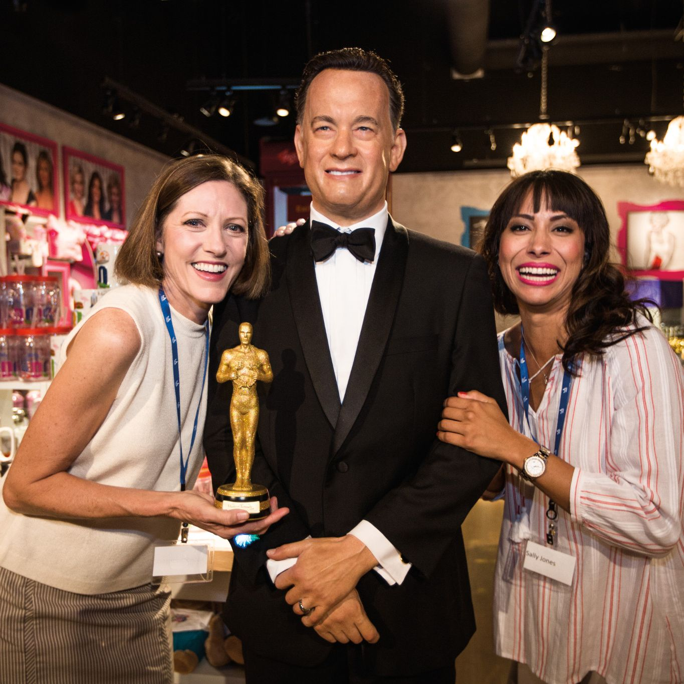 cs_2015_idrive360_tussauds_hanks_0801.jpg