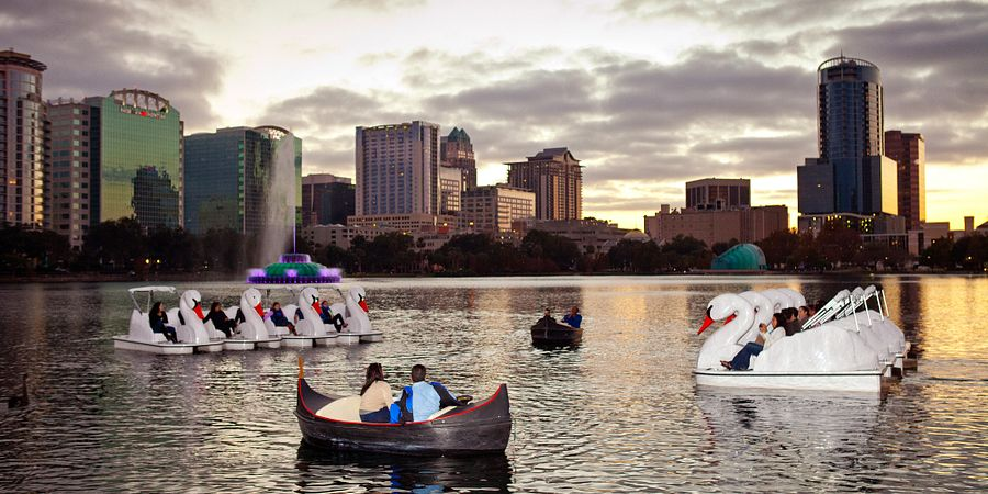 See the many reasons why locals love downtown Orlando, including acclaimed dining, nightlife, culture, sports and more.
