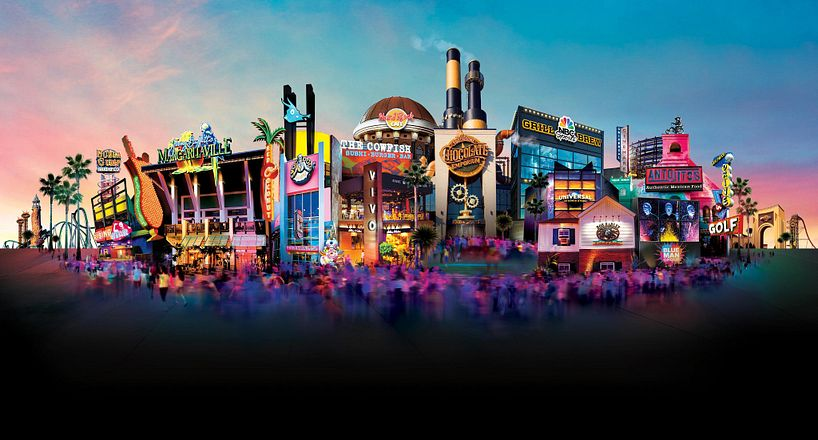 Universal's citywalk durning sunset