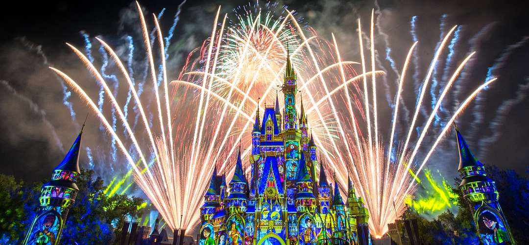 A dazzling display of fireworks at Cinderella's Castle in Disney's Magic Kingdom.