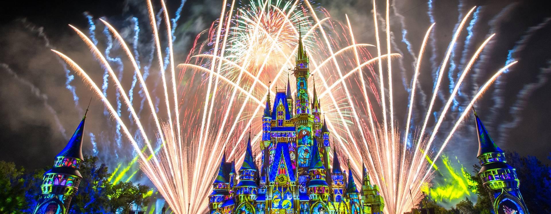 Spectacular fireworks over Cinderella's Castle at Walt Disney World Resort