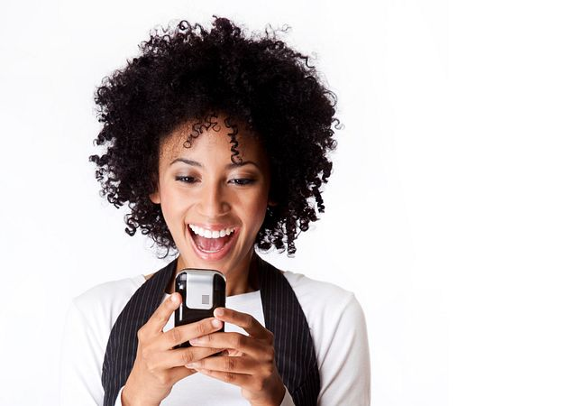 Never Miss a Text or Social Post With Free Wi-Fi at Orlando Shopping Centers