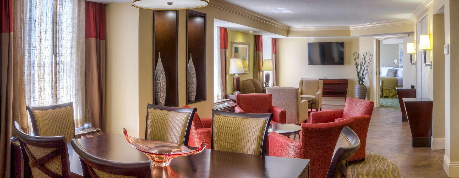 Rosen Centre Hotel Executive Suite parlor