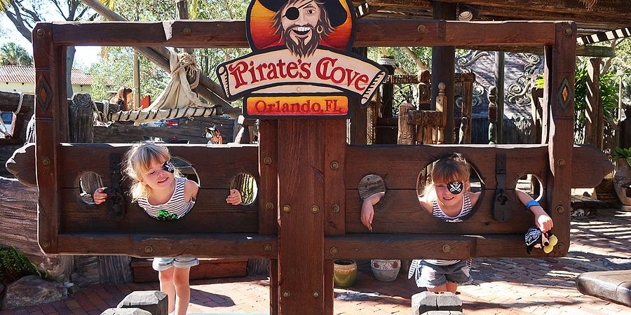 Pirate's Cove Adventure Golf in Orlando (photo by Katie Ellison)