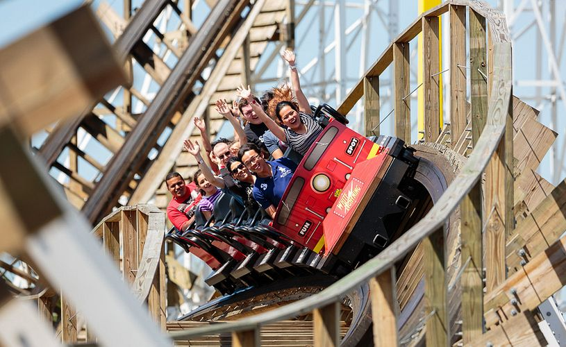 Fun Spot America white lightning coaster in Orlando