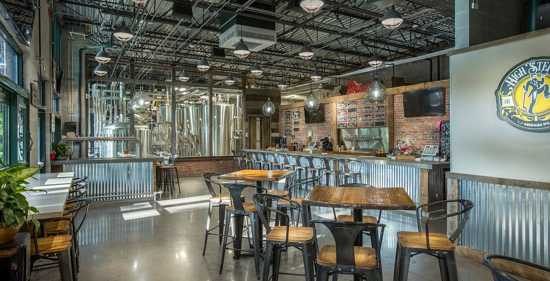 Crooked Can Brewing Company in Winter Garden Near Orlando (Photo © Crooked Can Brewing Company)