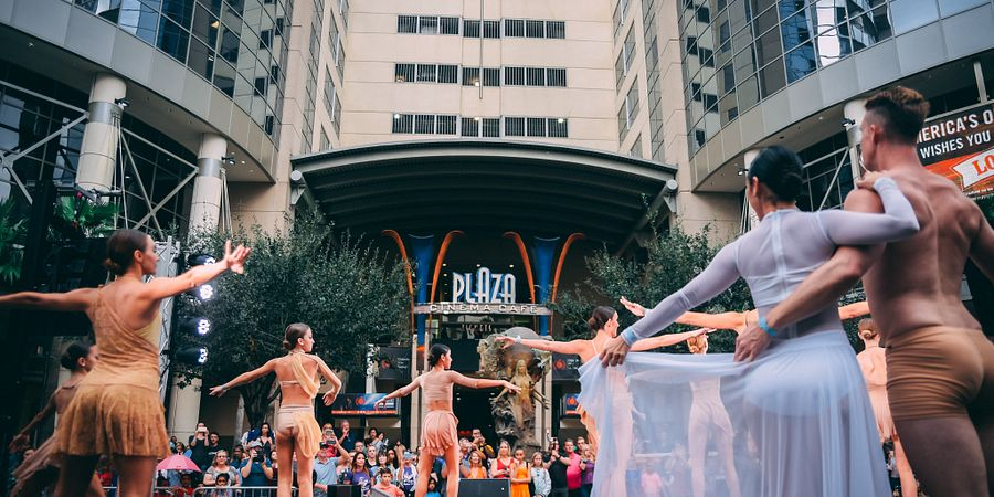 Aretuzas Ballerina Project at IMMERSE in downtown Orlando