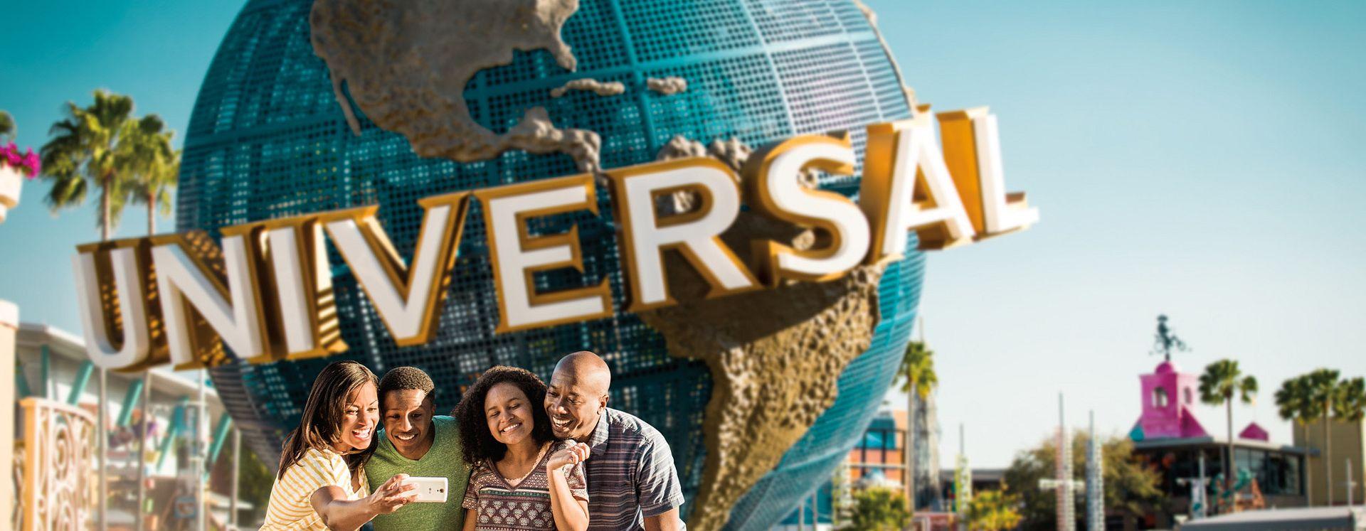 Família tirando foto na frente do Universal Studios Orlando Globe