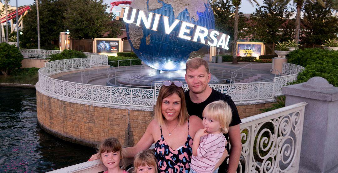 Katie Ellison & Family at Universal Orlando Resort