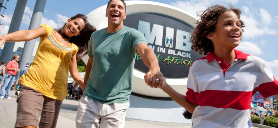 People on the Alien Attack at Universal Studios Orlando