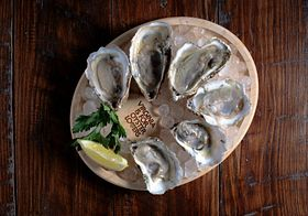 Oyster Lovers plate