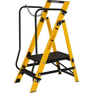 30090218 Stepladders & Stepstools - Youngman UK