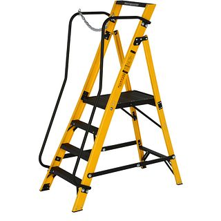 30090418 Stepladders & Stepstools - Youngman UK