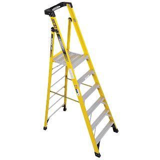 PD7306 Step Ladders - Werner US